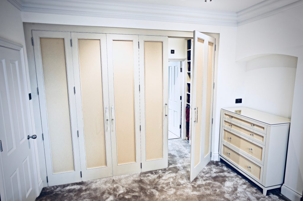 Walk in Closet with EnSuite Door